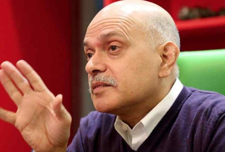 Raid on the quint founder Raghav bahl home