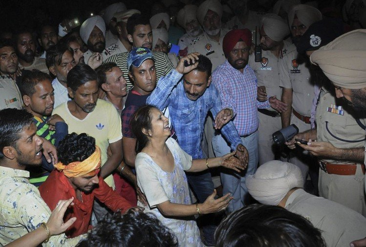 Amritsar Train Accident, peoples trembles by remembering dussehra