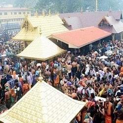 सबरीमाला मंदिर में महिलाओं को दर्शन नहीं करने दे रहे अयप्पा श्रद्धालु, अब बढ़ाई गई सुरक्षा