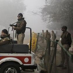 जैश-ए-मोहम्मद के धमकी भरे व्हाट्सएप मैसेज के बाद बढ़ाई गई सुरक्षा, हाई अलर्ट पर दिल्ली