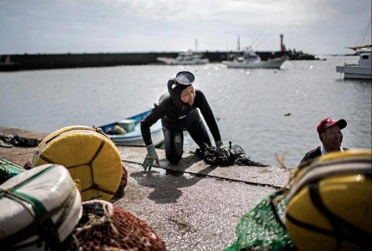 fisherwoman - फोटो : AFP