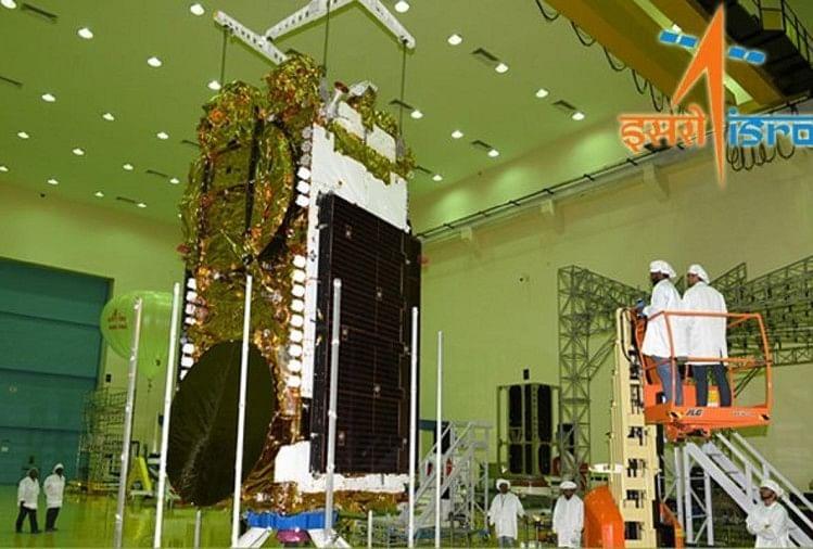 इसरो जीसेट-11 सैटलाइट लांच