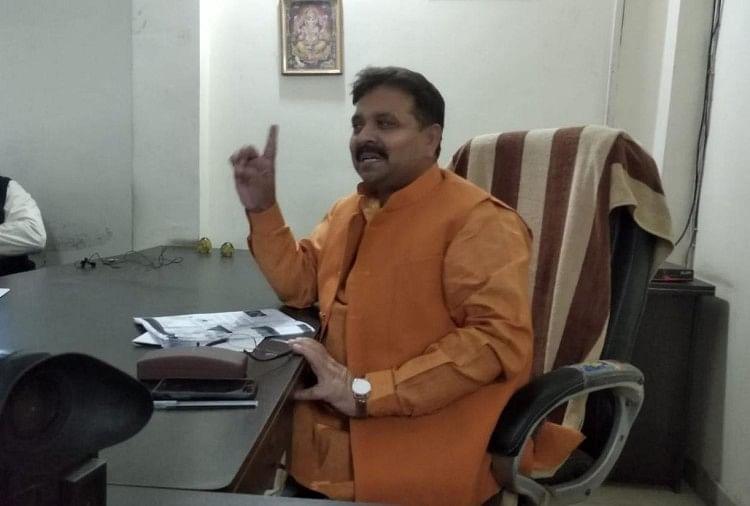 Varanasi Bjp Mla Ravindra Jaiswal Name In Ayushman Yojana List - आयुष्मान  योजना के लाभार्थियों की सूची में शामिल हुआ वाराणसी के इस भाजपा विधायक का  नाम - Amar Ujala Hindi News Live