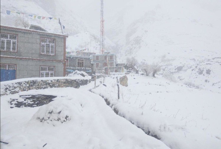 fresh snowfall recorded in himachal temperature in minus 10 degree celsius