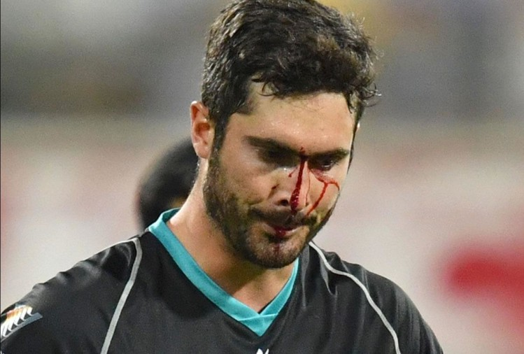 VIDEO: Ben Cutting drops a catch into his own face against the Renegades