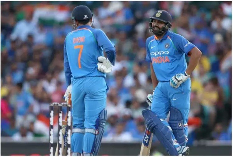 india vs australia 1st odi day night live score sydney cricket ground