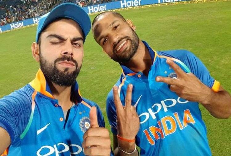 Shikhar Dhawan And Virat Kohli Dance During First Odi Against Australia -  Video: धवन का भांगड़ा तो कोहली ने किया ब्रेक डांस, बल्लेबाजी में हुए फ्लॉप  - Amar Ujala Hindi News Live