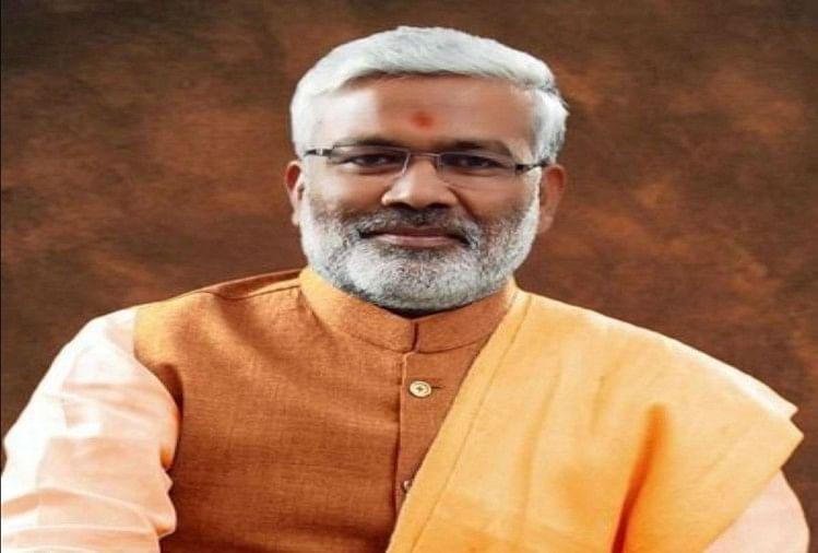 भाजपा के नवनियुक्त प्रदेश अध्यक्ष स्वतंत्र देव सिंह ने दावा किया कि कार्यकर्ताओं के परिश्रम और प्रधानमंत्री नरेन्द्र मोदी तथा मुख्यमंत्री योगी आदित्यनाथ सरकार की कल्याणकारी योजनाओं ने जनता में भाजपा का भरोसा मजबूत किया है