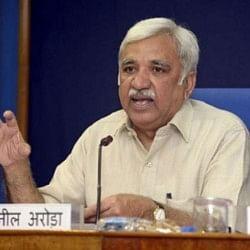 मुख्य निर्वाचन आयुक्त सुनील अरोड़ा ने कहा- बैलट पेपर के युग में हरगिज वापस नहीं जाएंगे
