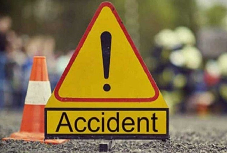 two brothers Death in road accident in hapur