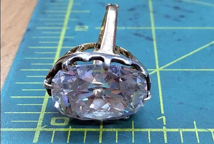 Debra Goddard Diamond ring