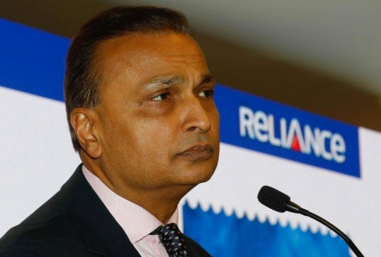 anil ambani plans to sell assets worth 21700 crore rupees to clear debt