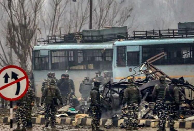 पुलवामा आतंकी हमले के बाद मौके पर तैनात सुरक्षाबल