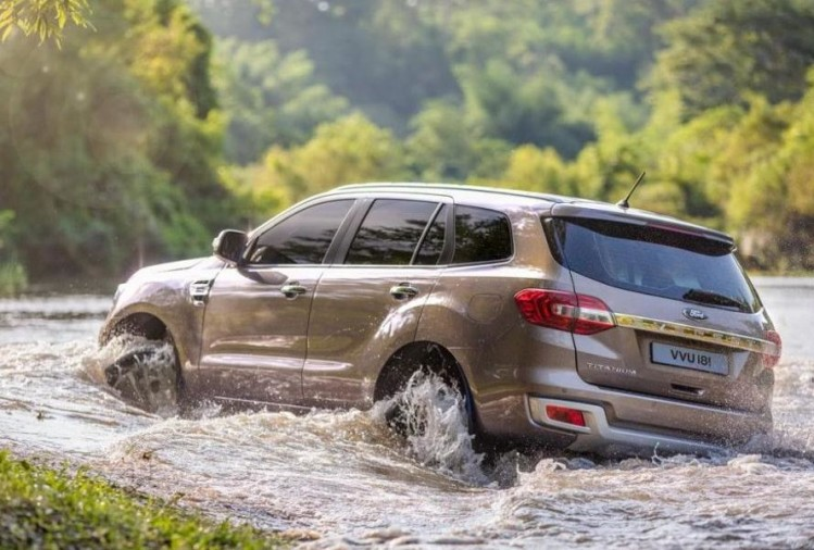 2019 Ford Endeavour Facelift launch - Diffused Silver