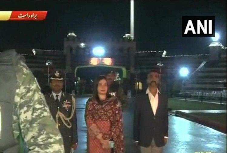 Live and updates India pakistan Wing commander Abhinandan Atari wagha border
