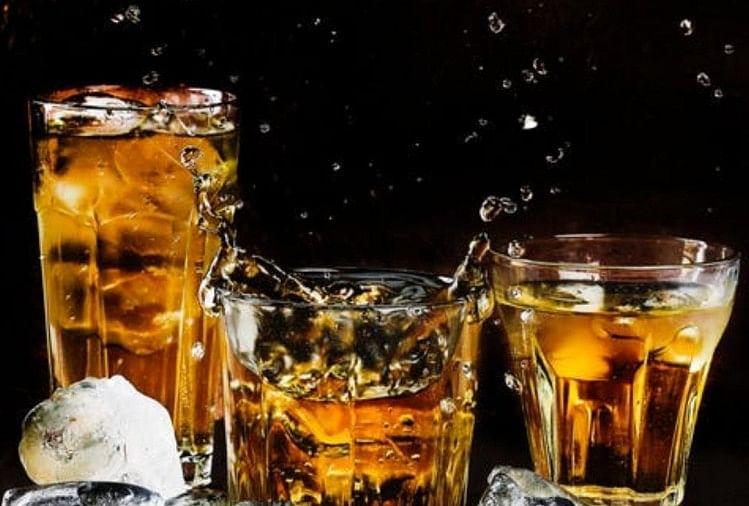 उत्तराखंड में शराब की दुकानें खोलने के लिए आबकारी विभाग ने तैयारियां पूरी कर ली हैं।