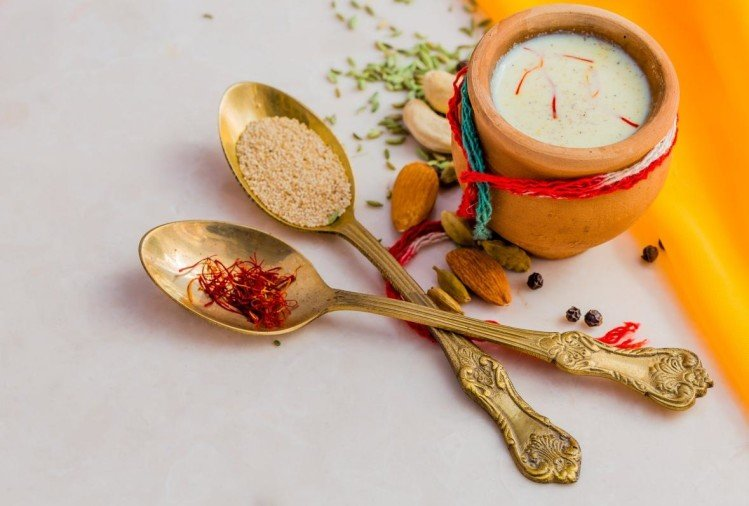 5 amazing health benefits of homemade delicious holi drink thandai