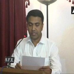 प्रमोद सावंत ने संभाली गोवा की कमान, 11 मंत्रियों समेत राजभवन में किया शपथ ग्रहण