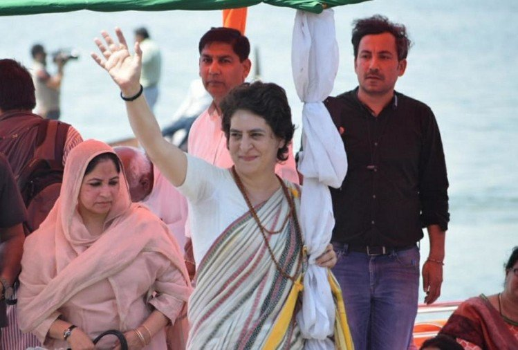 Priyanka gandhi use soft hindutva agenda for Loksabha Election 2019