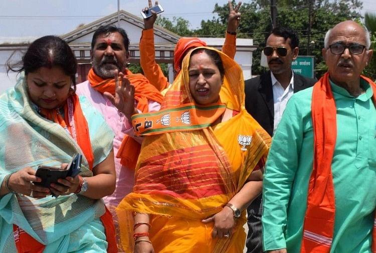 Lok Sabha Election 2019 : Nirahua Nomination Photos In Azamgarh With