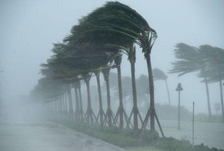 Cyclone Tauktae Live: Imd Alert, Wind Speed, Live Tracker Map Of 5 Coastal  States Kerala, Karnataka, Tamil Nadu, Gujarat And Maharashtra - Tauktae  Live: अगले 24 घंटे में और तीव्र हो सकता