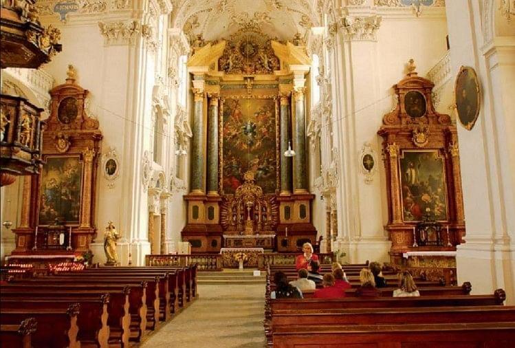 सोलोथर्न का एक चर्च