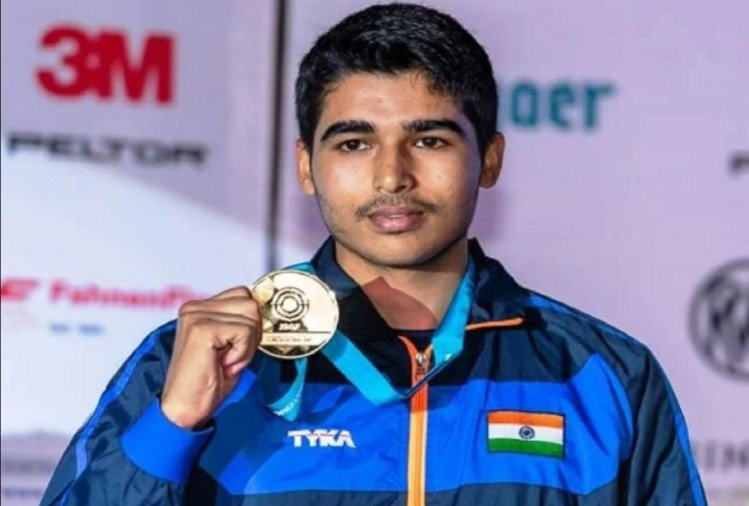 Young Shooter Saurabh Chaudhary Wants To Give Guru A Gurukula In Dakshina – Teachers Day 2020: गुरु को दक्षिणा में गुरुकुल देना चाहते हैं युवा शूटर सौरभ चौधरी