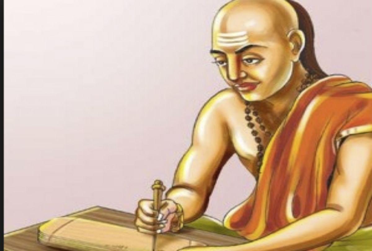 Chanakya Niti Know Motivational And Good Thought For Happy Life - चाणक्य  नीति: दोस्तों को सही दिशा दिखाना असली दोस्त की पहचान है - Amar Ujala Hindi  News Live