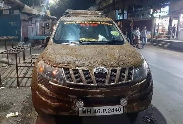 cow dung on car-2
