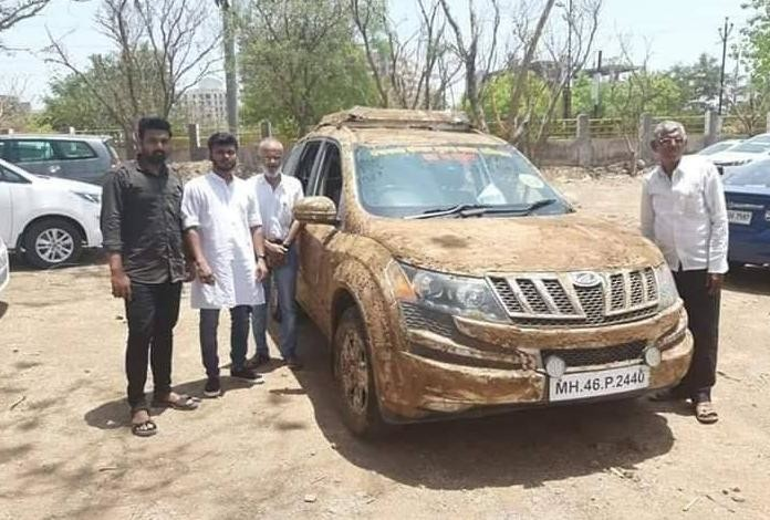 cow dung on car-3