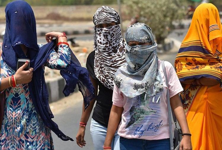Covering Our Faces Is Not An Alien Habit Its An Ancient One - कोरोनाः  विदेशी आदत नहीं, भारत में चेहरे ढंकने की पुरानी परंपरा - Amar Ujala Hindi  News Live