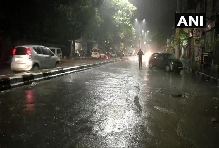 दिल्ली में बारिश