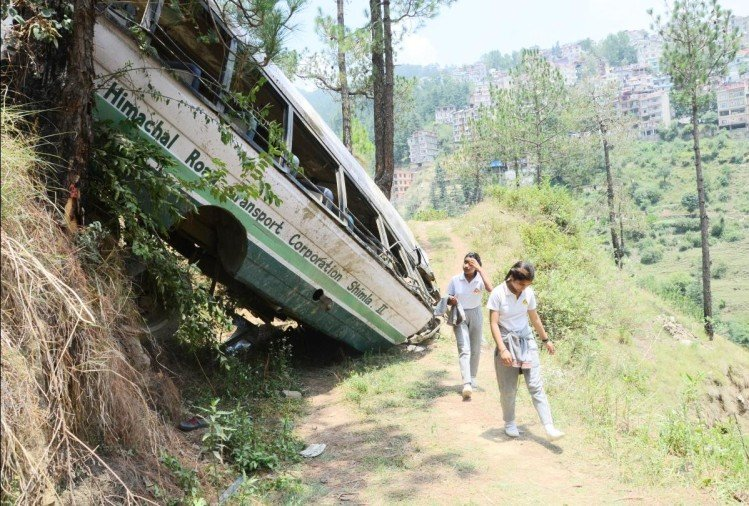 shimla administration submited shimla school bus accident investigation report to govt