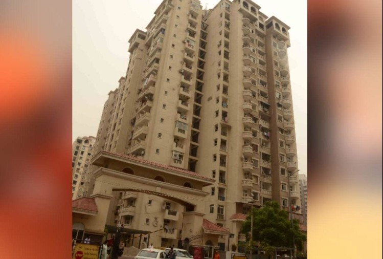 Noida house maid killed and thrown between two towers in silicon city this is how rescued photos