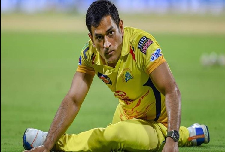 CSK Captain MS Dhoni and Monu Singh testes negative for COVID 19 to join team
