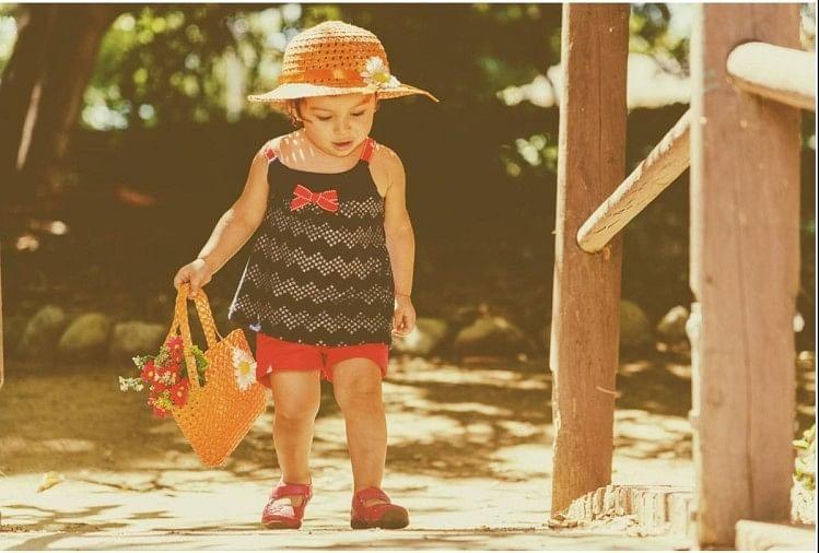 Image result for वो तरीके जिनसे अपनी बेटी के आत्मविश्वास को बढ़ा सकते हैं