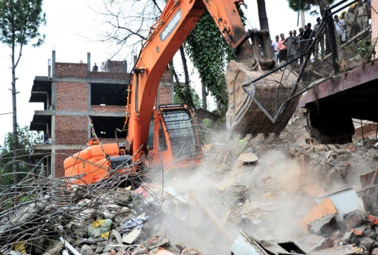 Congress constitute committee to investigate the case of building collapsed in Kumarhatti solan