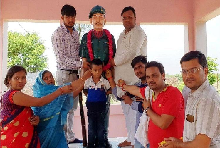 कारगिल युद्ध में भारत की जीत विजय दिवस की 20वीं सालगिरह से पहले मंगलवार को शहीद सोरन सिंह को याद किया