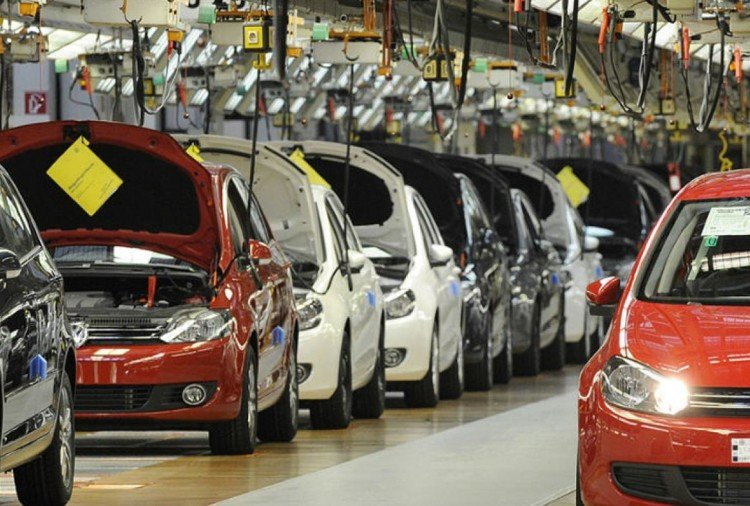 Automobile sector sales drop in july 2019