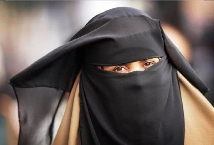 Wife Abortion after In laws Beaten bahu for dowry and Husband Gives Triple talaq