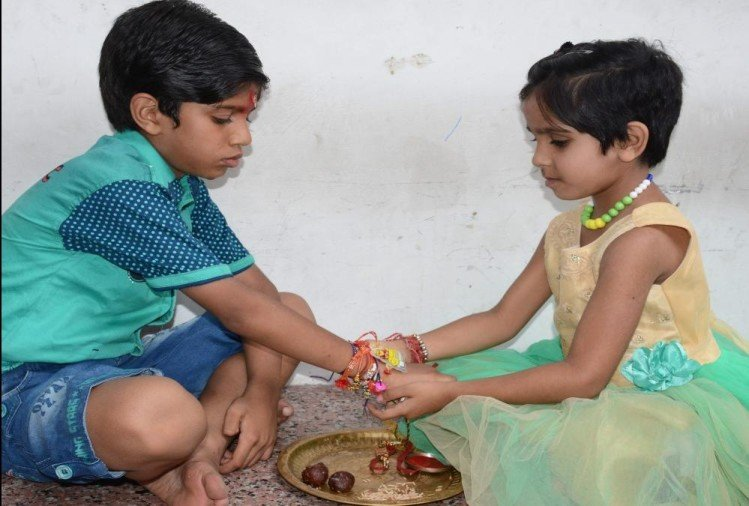 Raksha Bandhan 2019 Rare Coincidence sisters must do this for Brother fortune