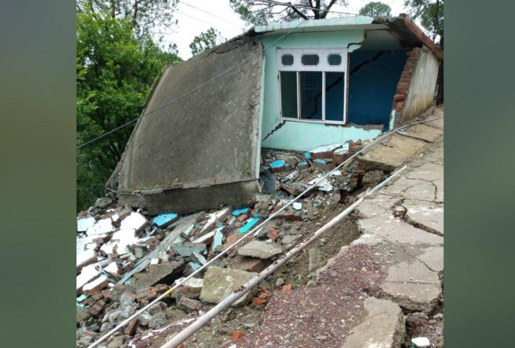 heavy rain himachal damage to seven houses in sirmour himachal pradesh