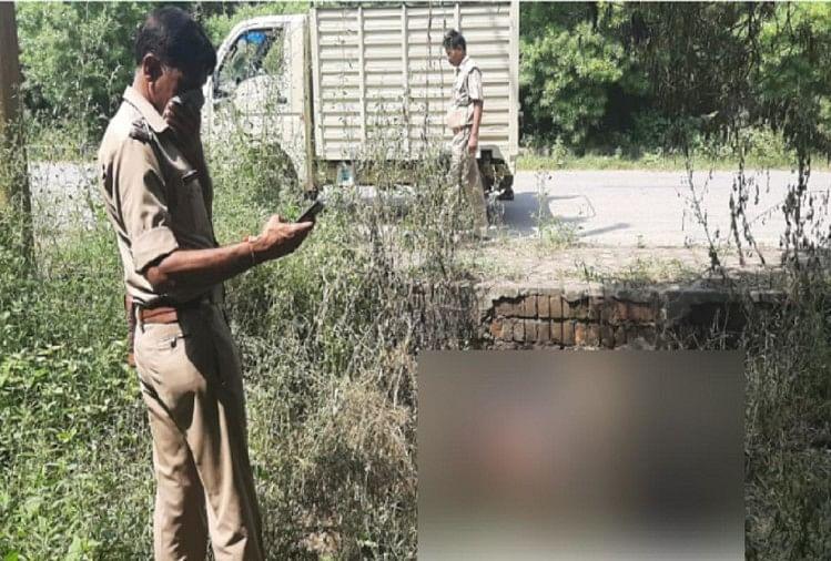 बागपत जनपद में कलक्ट्रेट के पास राष्ट्रीय पशु अनुसंधान केंद्र के पीछे औद्योगिक क्षेत्र में अज्ञात युवक की हत्या कर शव फेंक दिया