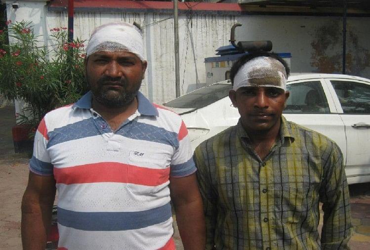 मुजफ्फरनगर जिले में खतौली थाना क्षेत्र के बालाजीपुरम कॉलोनी स्थित एक कॉलेज के चौकीदार के साथ युवकों ने मारपीट कर दी