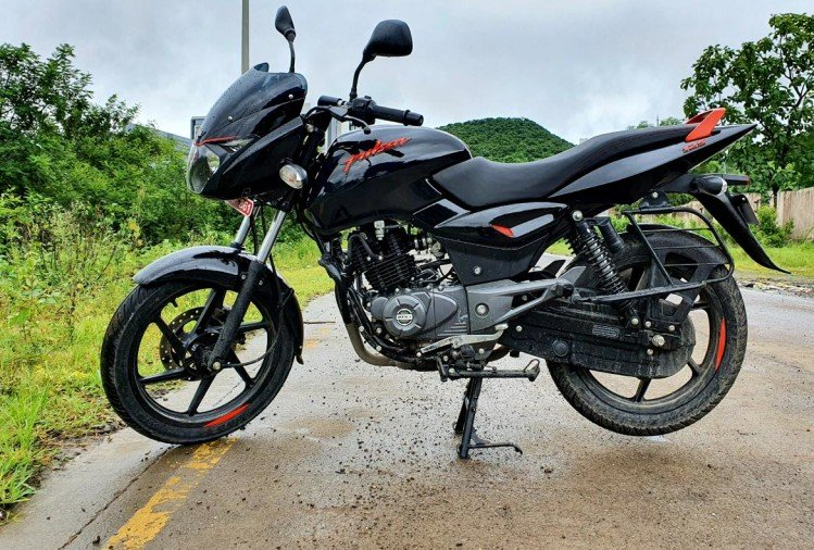 Bajaj Pulsar 125 Neon Review
