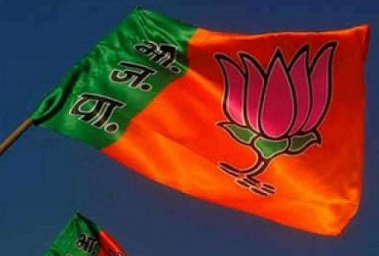 भाजपा संगठन चुनाव का आगाज बुधवार से हो रहा। पहले चरण में प्रदेश में 1 लाख 63 हजार 331 पोलिंग बूथों की बूथ समितियों के अध्यक्ष और सदस्यों के चुनाव होंगे।