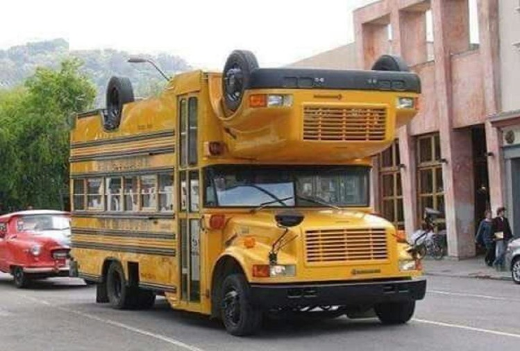 Anand Mahindra tweets 'Bus picture'
