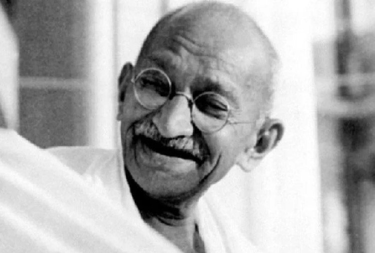 Mahatma Gandhi Death Anniversary: 100 Rare Pictures You Must See