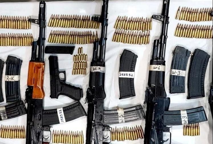 बरामद हथियार