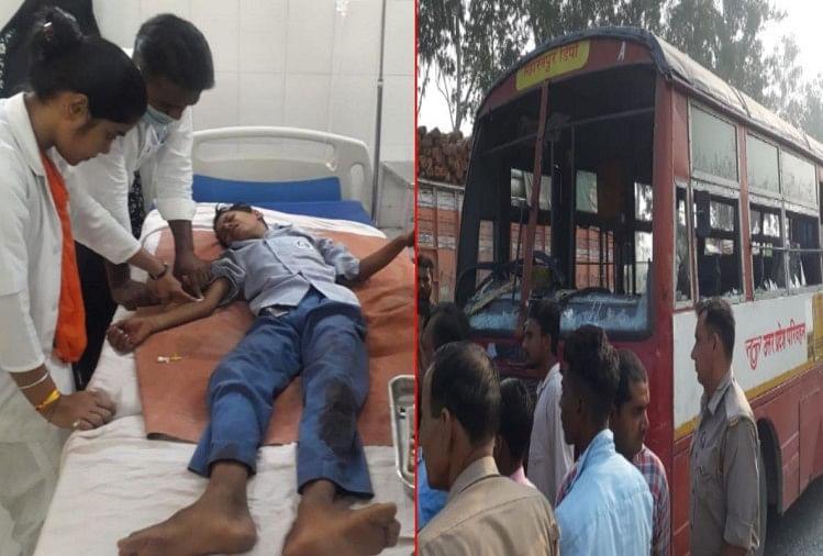 सहारनपुर में मंगलवार को सरसावा हाईवे पर उत्तरप्रदेश रोडवेज की बस ने सुबह मदर टेरेसा स्कूल के बच्चों से भरे टेम्पो को टक्कर मार दी-